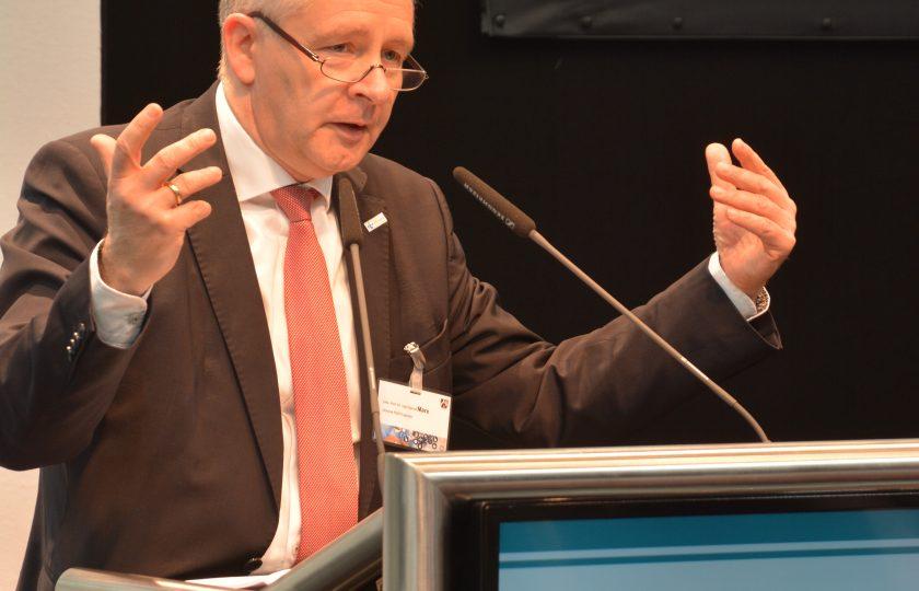 Univ.-Prof. Dr. med. Gernot Marx, FRCA, Direktor der Klinik für Operative Intensivmedizin und Intermediate Care an der Uniklinik RWTH Aachen und Mitglied des ZTG-Forums Telemedizin