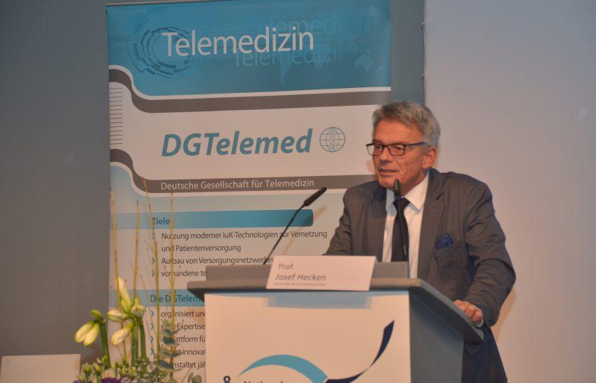 Prof. Josef Hecken, Vorsitzender des Innovationsausschusses, eröffnete den 2. Tag des Nationalen Fachkongresses Telemedizin 2017..