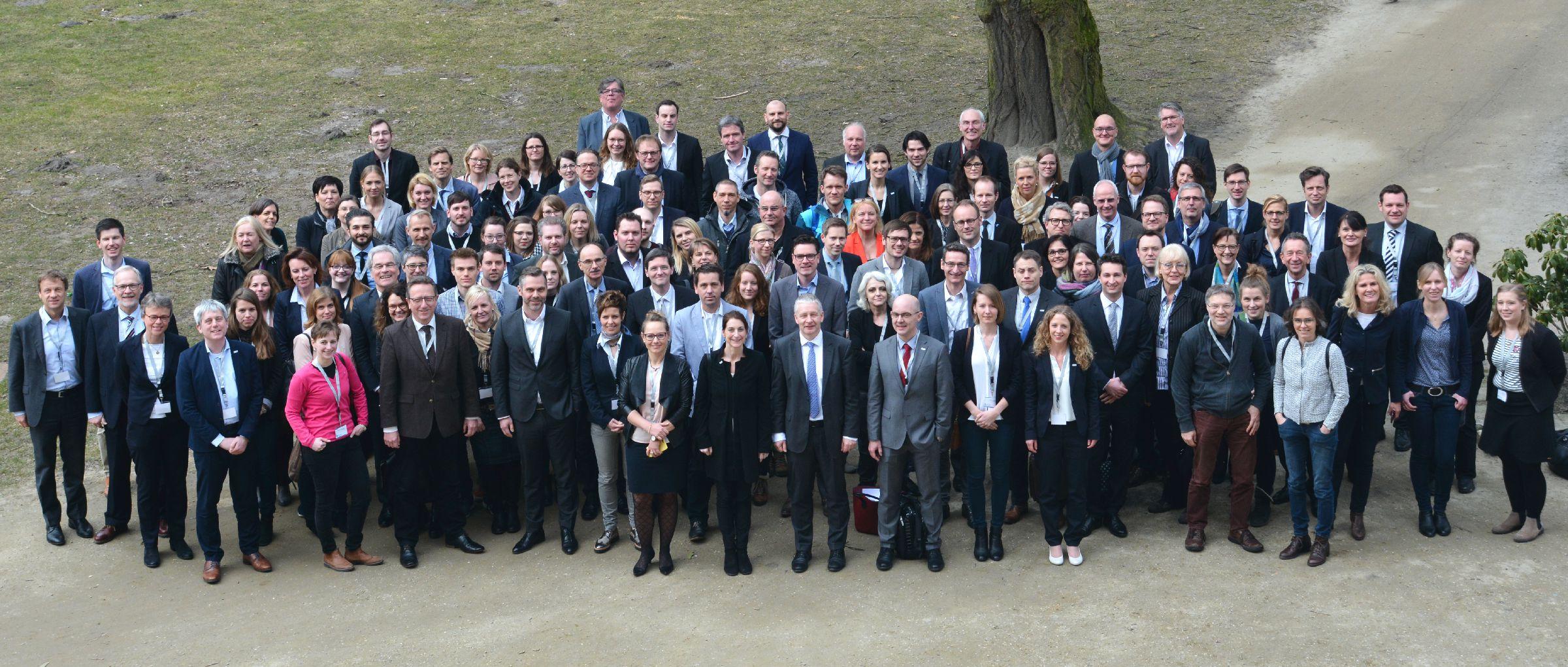 TELnet@NRW Kongress Gruppenfoto (Foto: ZTG)