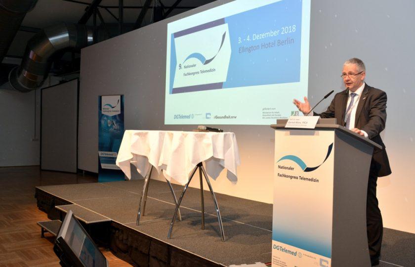 Prof. Dr. med. Gernot Marx, FRCA, Vorstandsvorsitzender der DGTelemed bei der Eröffnung des 9. Nationalen Fachkongresses Telemedizin.
