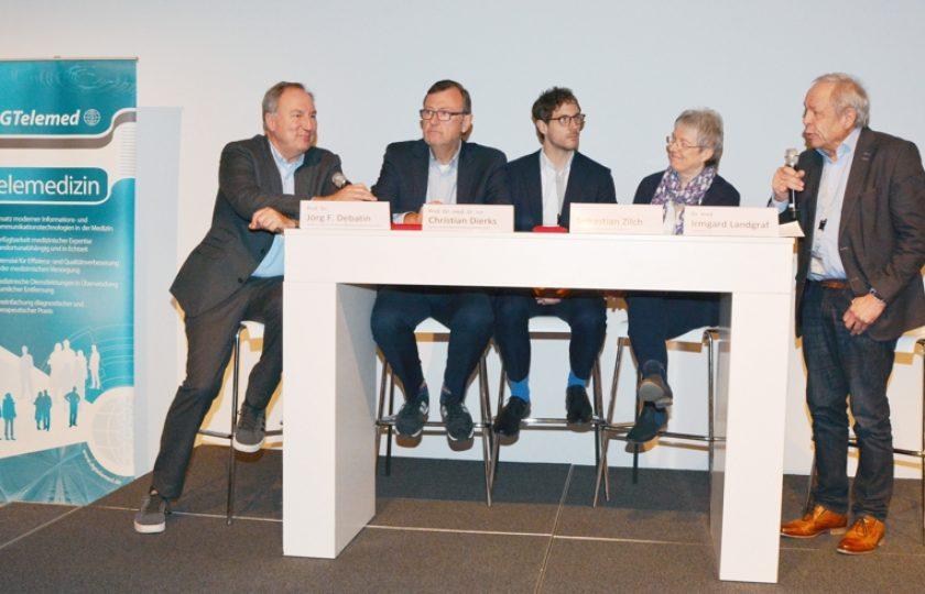 V.l.n.r.: Prof. Dr. med. Jörg Debatin (hih), Prof. Dr. med. Dr. iur. Christian Dierks (Dierks+Company), Sebastian Zilch (bvitg e.V.), Dr. med. Irmgard Landgraf, DGTelemed e. V, und  Dr. med. Franz Bartmann, DGTelemed e. V.