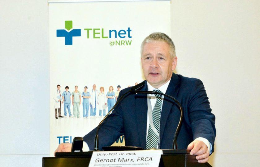 TELnet@NRW-Konsortialführer Univ.-Prof. Dr. med. Gernot Marx, FRCA, Direktor der Klinik für Operative Intensivmedizin und Intermediate Care an der Uniklinik RWTH Aachen, bedankte sich bei allen Konsortialpartnern des Projekts.